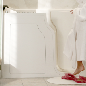 White Walk-in tub with Acrylic Walls, great for accessibility.